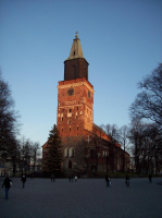 turku_cathedral_christmastree5.jpg